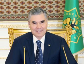 Turkmen Leader Visited the Equestrian Complex and Wrote a Poem